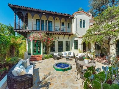 단독 가정 주택 for sales at 2417 Nottingham Avenue   Los Angeles, 캘리포니아 90027 미국