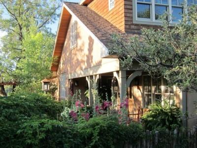 Maison unifamiliale for sales at 218 Sereno Drive  Santa Fe, New Mexico 87501 États-Unis