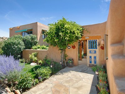 Maison unifamiliale for sales at 8 Tano Vida  Santa Fe, New Mexico 87506 États-Unis