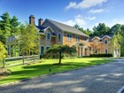 Villa for  rentals at Traditional Near the Village   East Hampton, New York 11937 Stati Uniti