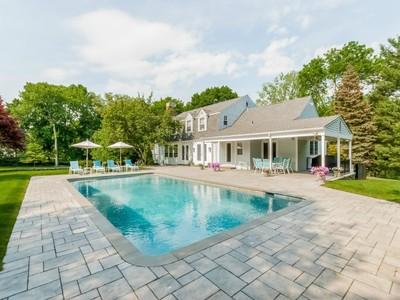 Casa para uma família for sales at Mid-Country Beauty 44 Doubling Road  Greenwich, Connecticut 06830 Estados Unidos