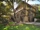 一戸建て for  sales at 551 Norumbega Drive  Monrovia, カリフォルニア 91016 アメリカ合衆国