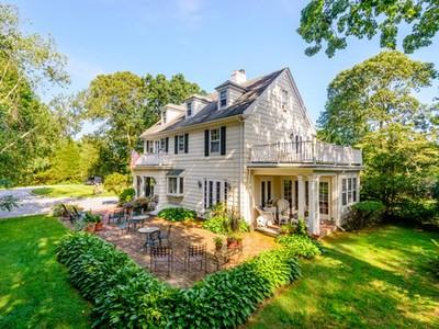 Einfamilienhaus for sales at East Hampton Village  East Hampton, New York 11937 Vereinigte Staaten