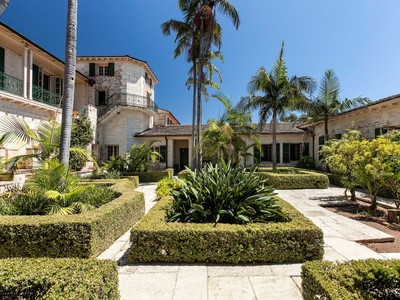 Villa for sales at Rancho San Carlos 2500 East Valley Road Montecito, California 93108 Stati Uniti
