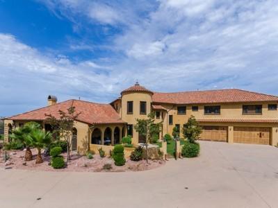 Maison unifamiliale for sales at Incredible Spacious Estate 24573 Piuma Road Malibu, Californie 90265 États-Unis