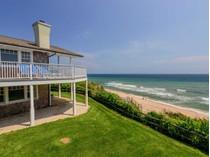 Maison unifamiliale for sales at Spectacular Montauk Oceanfront    Montauk, New York 11954 États-Unis