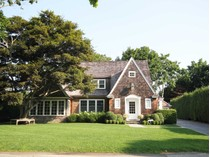 Villa for sales at Southampton Village - Excellent Location 21 Huntting Street   Southampton, New York 11968 Stati Uniti
