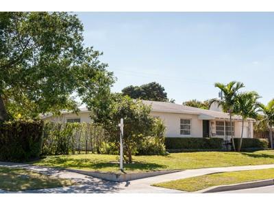 Nhà ở một gia đình for sales at 328 Hunter Street - West Palm Beach  West Palm Beach, Florida 33405 Hoa Kỳ