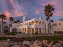 Casa para uma família for sales at Oceanfront Villa 871 Sand Point Road   Carpinteria, Califórnia 93013 Estados Unidos