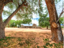 Nhà ở một gia đình for sales at Rancho Viejo County Road 142 Rancho Viejo  County Rd 142   Abiquiu, New Mexico 87510 Hoa Kỳ