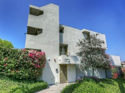 Condominium for sales at 1701 Clinton Street #302  Los Angeles, California 90026 United States