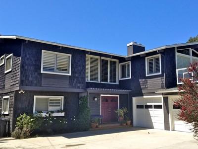 Vivienda unifamiliar for sales at Fantastic Point Dume Home 6843 Dume Drive Malibu, California 90265 Estados Unidos