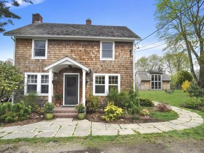 Nhà ở một gia đình for sales at Artists Oasis 361 North Sea Mecox Road  Southampton, New York 11968 Hoa Kỳ