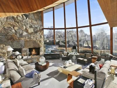 for rentals at Quintessential East Hampton Contemporary   East Hampton, New York 11937 Vereinigte Staaten