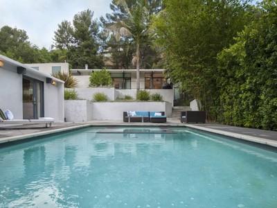 Maison unifamiliale for sales at Magnificent Mid-Century Modern 2544 Greenvalley Road Los Angeles, Californie 90046 États-Unis