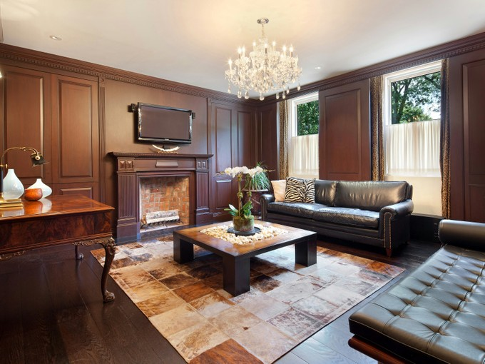 Co-op for sales at 65 Central Park West 65 Central Park West Apt 1e New York, New York 10023 United States