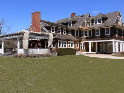 Casa para uma família for rentals at Ocean Breezes   East Hampton, Nova York 11937 Estados Unidos