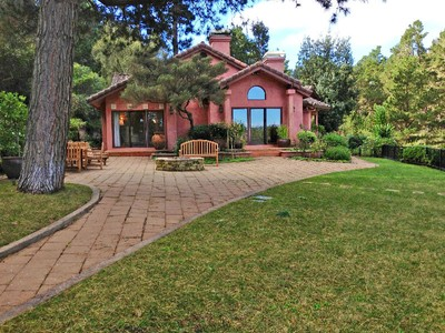 獨棟家庭住宅 for sales at Luxury, Privacy, Views in Carmel 24704 Aguajito Road Carmel, 加利福尼亞州 93923 美國