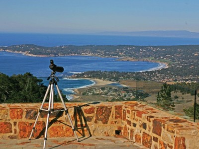 Terrain for sales at Vistas of the Pacific 2990 Red Wolf Drive Carmel Highlands, Californie 93923 États-Unis