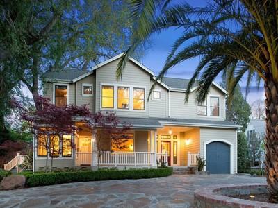 Moradia for sales at Gorgeous Eastside Estate 516 Third Street East Sonoma, Califórnia 95476 Estados Unidos