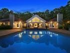 Maison unifamiliale for sales at Secluded East Hampton, Sunset Views   East Hampton, New York 11937 États-Unis