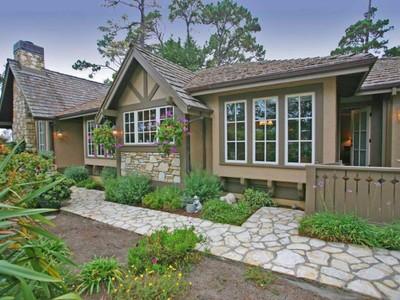 Частный односемейный дом for sales at O NE San Carlos and Vista San Carlos Street & Vista  Carmel, Калифорния 93923 Соединенные Штаты