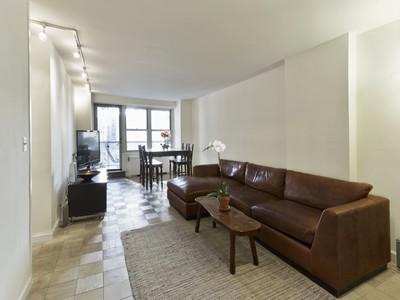 Mietervereinswohnung for sales at 305 East 24th Street   New York, New York 10010 Vereinigte Staaten