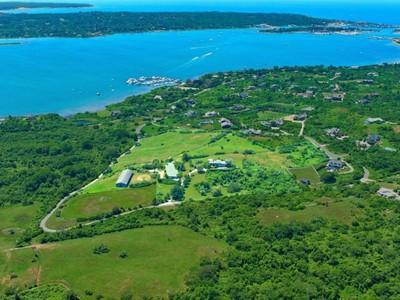 토지 for sales at Unsurpassed Beautiful Views  Montauk, 뉴욕 11954 미국