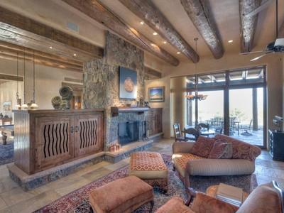 for sales at 24, 5 & 26 Hacienda Rincon   Santa Fe, New Mexico 87506 États-Unis
