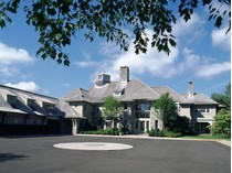 獨棟家庭住宅 for sales at Regal on Round Hill 440 Round Hill Road   Greenwich, 康涅狄格州 06831 美國