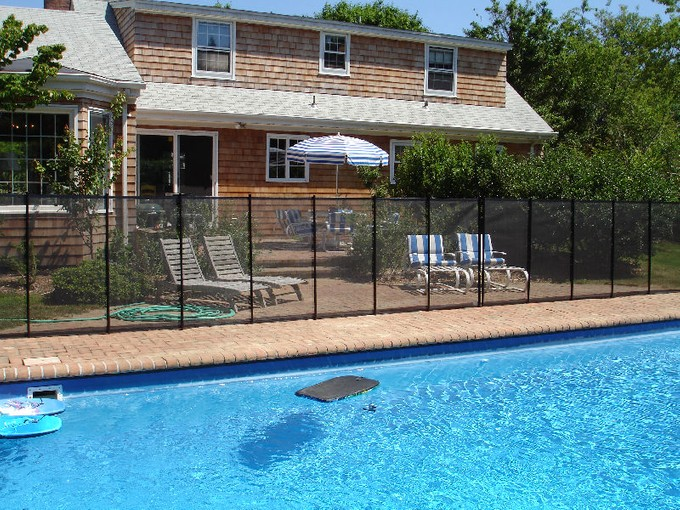 Einfamilienhaus for rentals at South of HWY with Private Pool   Southampton, New York 11968 Vereinigte Staaten