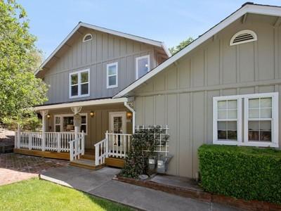 Maison unifamiliale for sales at Glen Ellen Chateau 4880 Warm Springs Road 4882 Warm Springs Road Glen Ellen, Californie 95442 États-Unis