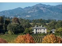 Maison unifamiliale for sales at Modern Country Villa 1141 Ehlers Lane   St. Helena, Californie 94574 États-Unis