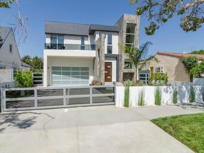 Maison unifamiliale for sales at Modern Marvel in Hancock Park 423 South Mansfield Avenue Los Angeles, Californie 90036 États-Unis