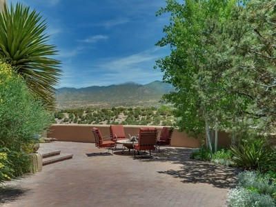 Maison unifamiliale for sales at 16 Camino Caruso  Santa Fe, New Mexico 87506 États-Unis