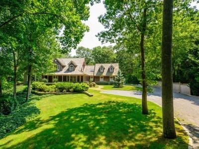 獨棟家庭住宅 for sales at Beautiful Home on Bridge Hill 19 Bridge Hill Lane Bridgehampton, 紐約州 11932 美國