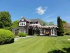 Single Family Home for  rentals at Charming Beach Estate  Bridgehampton, New York 11932 United States