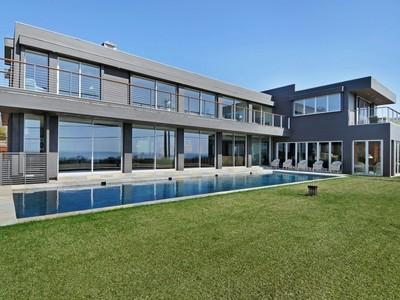 Частный односемейный дом for sales at Modern Masterpiece   Montauk, Нью-Мексико 11954 Соединенные Штаты