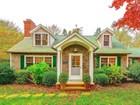 단독 가정 주택 for  sales at In the Heart of East Hampton Village    East Hampton, 뉴욕 11937 미국