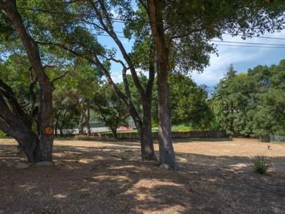 土地,用地 for sales at Park-Like Buildable Lot 4856 Vieja Drive Santa Barbara, 加利福尼亚州 93110 美国
