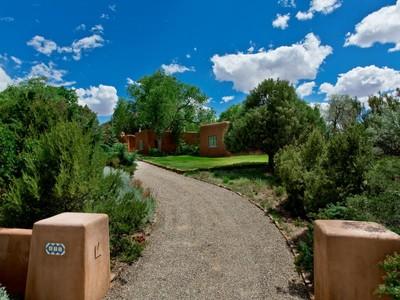Maison unifamiliale for sales at 855 El Caminito   Santa Fe, New Mexico 87505 États-Unis