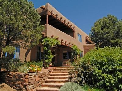 Maison unifamiliale for sales at 1647 Wilderness Gate Road 1647 Wilderness Gate Rd Santa Fe, New Mexico 87505 États-Unis