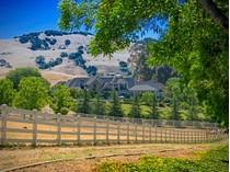 Moradia for sales at Astonishing 33-Acre Gated Paradise 2400 Heritage Manor Drive   Gilroy, Califórnia 95020 Estados Unidos