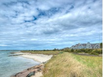 for sales at Majestic Great Island Beachfront Estate 63 Smiths Point Road   West Yarmouth, Massachusetts 02673 États-Unis