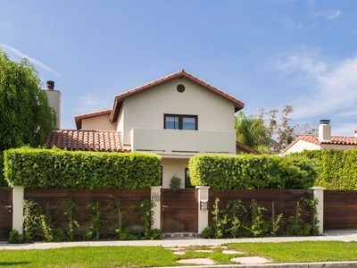 Villa for sales at Architectural Spanish Compound 441 North Kings Road  Los Angeles, California 90048 Stati Uniti