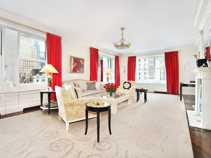 Nhà tập thể for sales at 781 Fifth Avenue, The Sherry-Netherland 781 Fifth Avenue Apt 905  New York, New York 10022 Hoa Kỳ