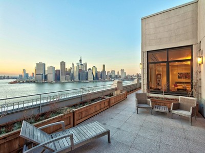 Eigentumswohnung for sales at What Dreams Are Made Of 360 Furman Street Apt 1216  Brooklyn, New York 11201 Vereinigte Staaten