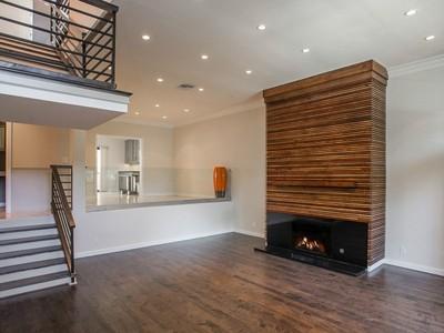 Condomínio for sales at 2311 Roscomare Road Unit 4 2311 Roscomare Rd Unit 4  Los Angeles, Califórnia 90077 Estados Unidos