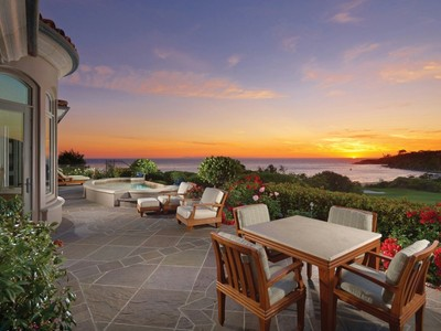 for sales at Spectacular Oceanfront Residence 11 Ritz Cove Drive Dana Point, Калифорния 92629 Соединенные Штаты