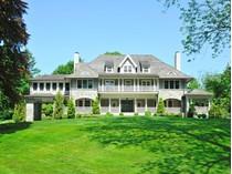 獨棟家庭住宅 for sales at Enchanting Estate on an In-Town Lane    Greenwich, 康涅狄格州 06830 美國